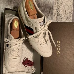 Men's Gucci sneakers barely worn